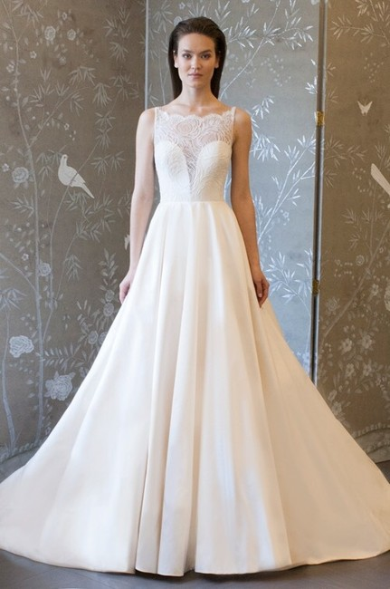 Item - Ivory Silk Style: L8130 Gown Formal Wedding Dress Size 4 (S)