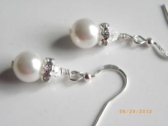 White Swarovski Crystal Pearls Earrings