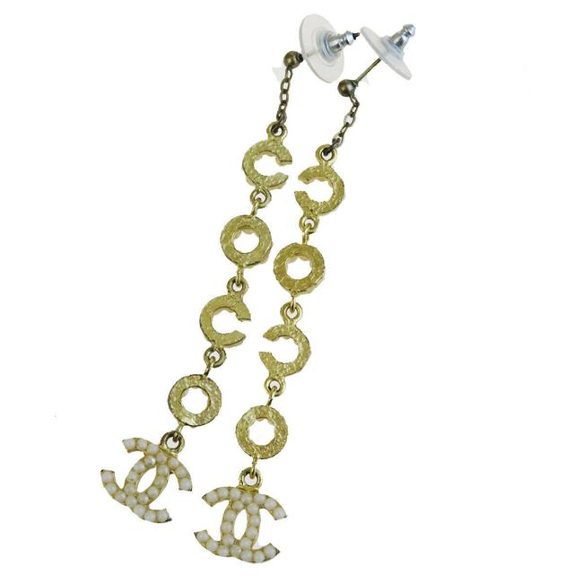 Item - Gold Cc Coco Imitation Pearl Fringe Pierce Gold-tone Brooch/Pin
