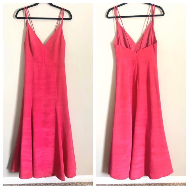 LulaKate Pink Henley Trumpet Style Formal Bridesmaid/Mob Dress Size 4 (S) LulaKate Pink Henley Trumpet Style Formal Bridesmaid/Mob Dress Size 4 (S) Image 2