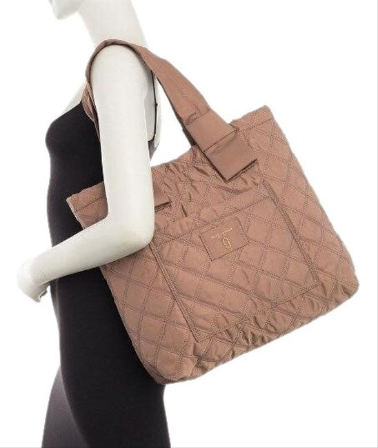 Item - Bag Diamond Quilted Brownish... with A Rose Tint Nylon Tote