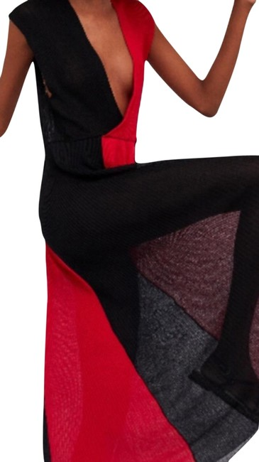 Item - Black and Red Knit Long Casual Maxi Dress Size 12 (L)