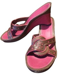 Clarks Fuschia And Brown Wedges