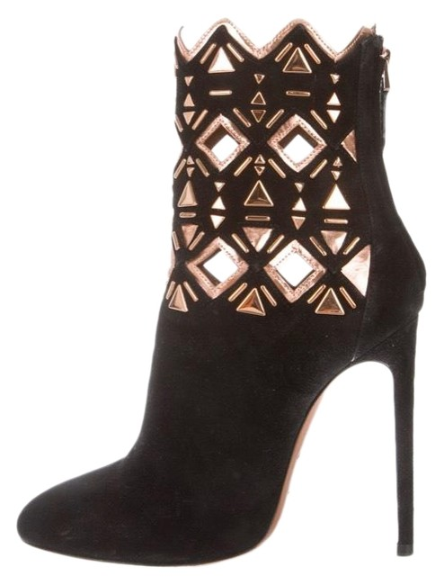Item - Ankle with Round-toes Boots/Booties Size US 7 Regular (M, B)