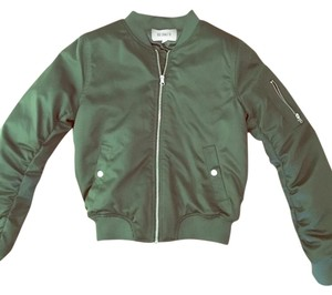 BB Dakota military green with silver button and zippered details Jacket