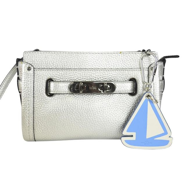 Item - White / Blue Sailboat Bag Charm Key Chain Ring Fob 65870