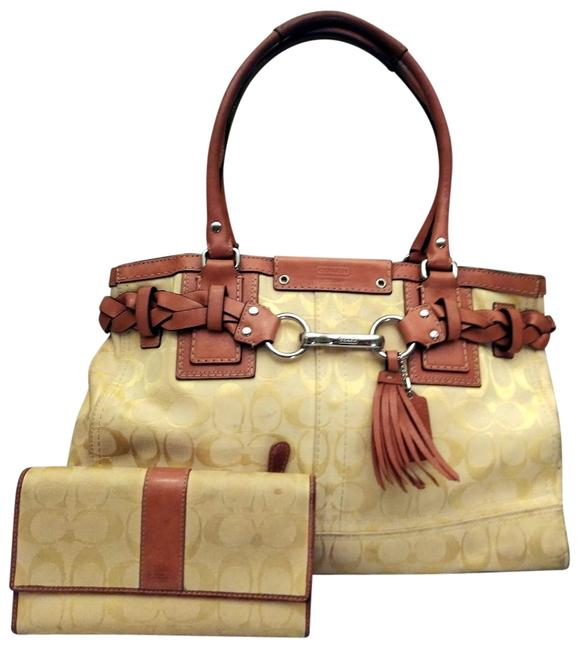 Item - Hampton Signature C Belted Clip 13068 and Matching Wallet Yellow Canvas Satchel