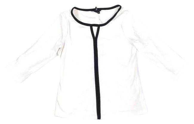 Item - White with Black Highlights Long Sleeve Tee Shirt Size 8 (M)