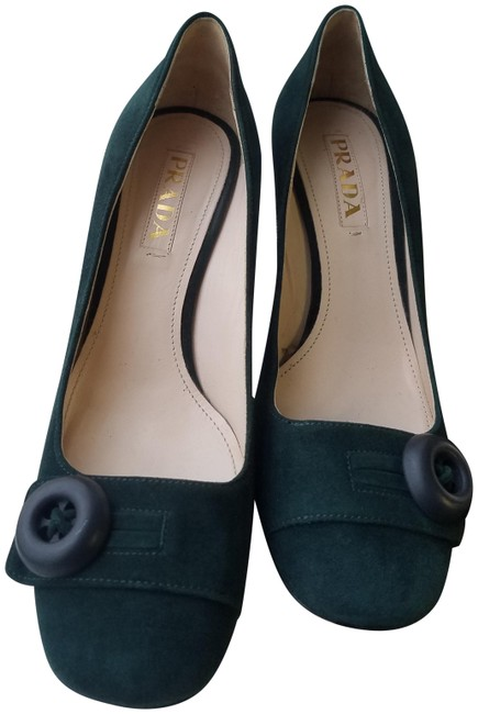 Item - Green Hunter Suede Chunky Heels Button Buckle Pumps Size EU 38.5 (Approx. US 8.5) Narrow (Aa, N)
