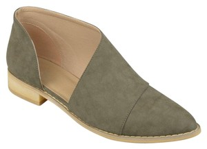 Journee Collection Olive Flats