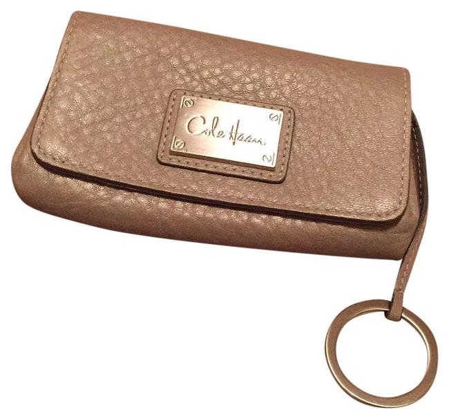 Item - Taupe Wallet