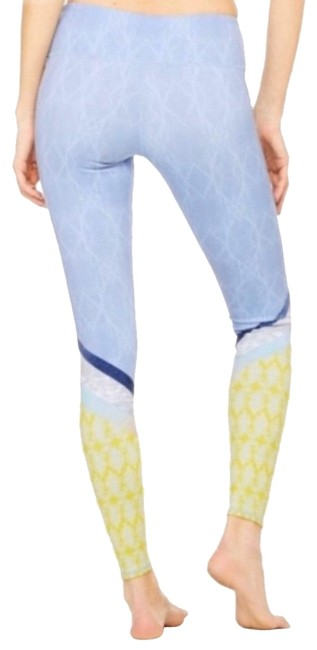 Item - Blue & Yellow Yoga Women's Airbrush Tree Lace Sky Activewear Bottoms Size 6 (S)