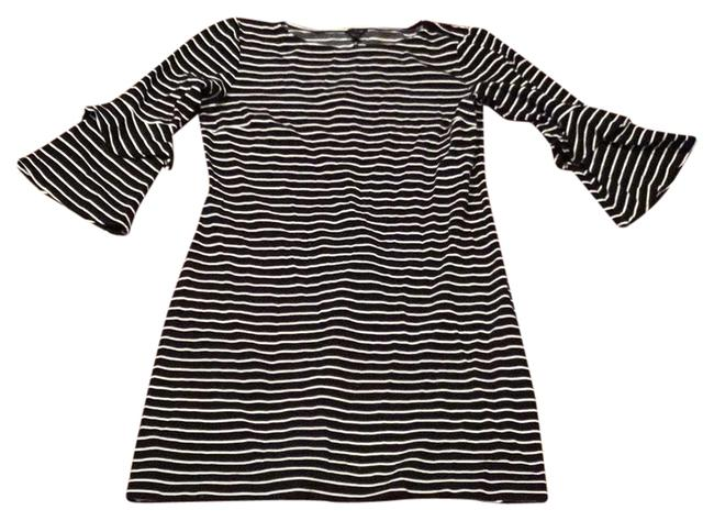 Item - Black and White Short Casual Dress Size 6 (S)