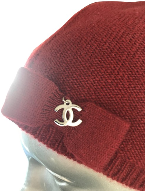 Item - Red Cashmere Charm Logo Hat