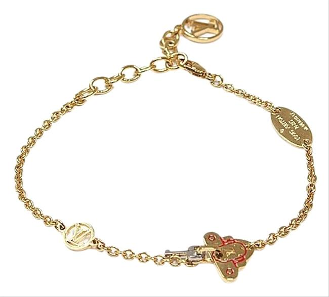 Item - Gold / Red / Silver M62808 Charm Plated Bracelet