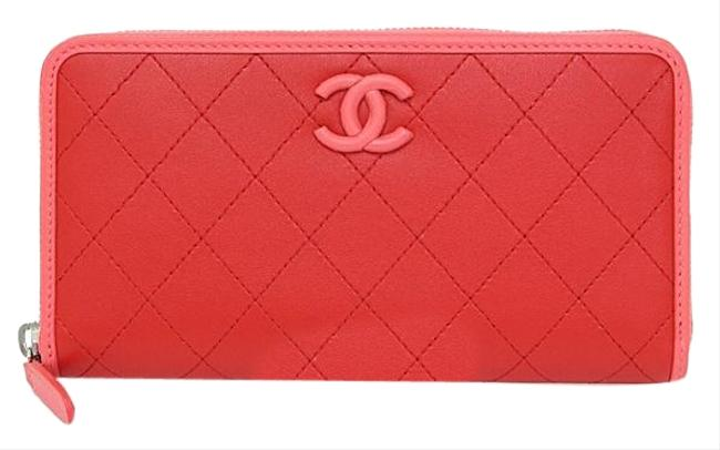 Item - Pink / Red Long Zip Calf Ap0062 Round Fastener Coco Mark Bicolor Matrasse Quilting Wallet