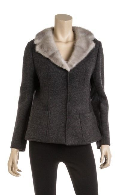 Item - Gray Wool with Fur Collar Sz46 496384 Activewear Outerwear Size 12 (L)