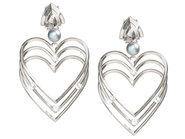 Item - Silver Tone Crystal and Faux Pearl Heart Clip-on Earrings