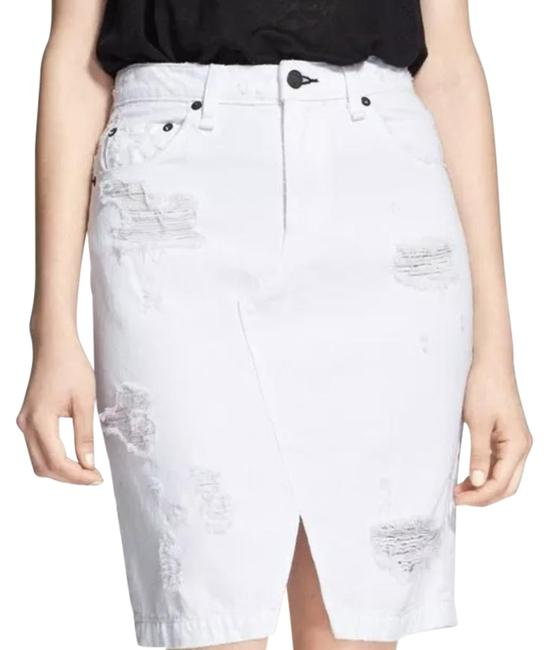 Item - White And Skirt Size 10 (M, 31)