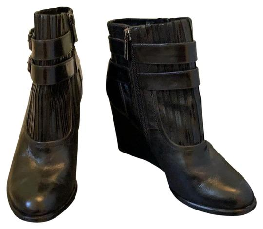 Preload https://img-static.tradesy.com/item/26593252/kenneth-cole-black-bootsbooties-size-us-75-regular-m-b-0-1-540-540.jpg