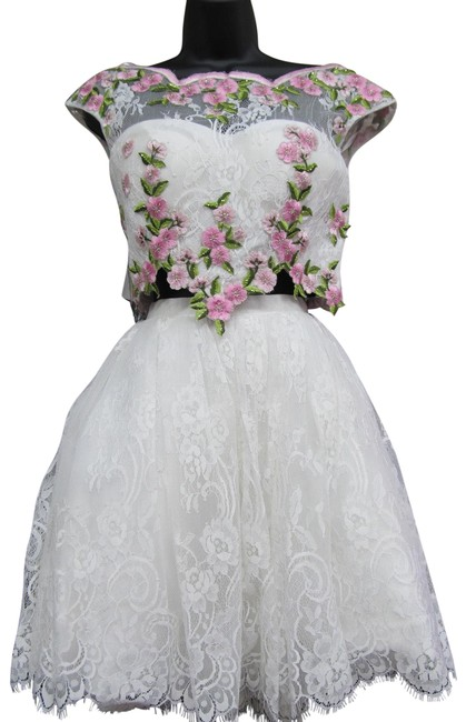 Item - Ivory/ Pink 50478/ Short Formal Dress Size 4 (S)