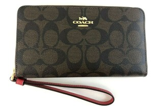 Coach NWT Coach F73413 Crossgrain Leather LARGE Phone Wristlet Wallet chalk
