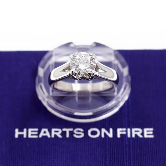 Hearts on Fire G Round Brilliant Diamond 1.31 Cts Vs2 Platinum Engagement Ring Image 1