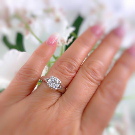 Hearts on Fire G Round Brilliant Diamond 1.31 Cts Vs2 Platinum Engagement Ring Image 4