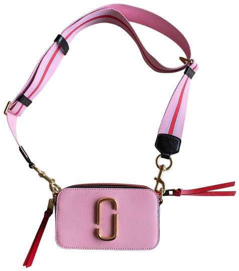 Preload https://img-static.tradesy.com/item/26593481/marc-jacobs-the-snapshot-pink-red-and-blue-saffiano-leather-cross-body-bag-0-1-540-540.jpg