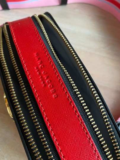 Marc Jacobs Cross Body Bag Image 3