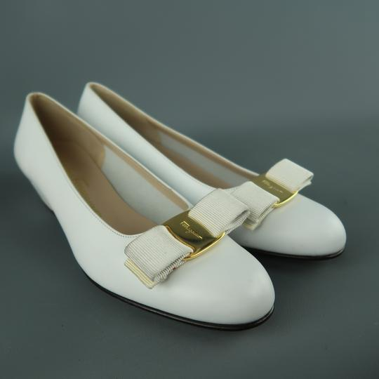 Salvatore Ferragamo Vintage Deadstock New Bow With Box White Pumps Image 1