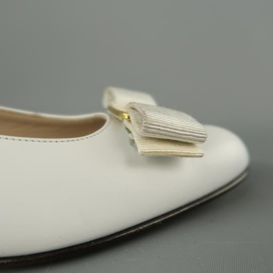 Salvatore Ferragamo Vintage Deadstock New Bow With Box White Pumps Image 4