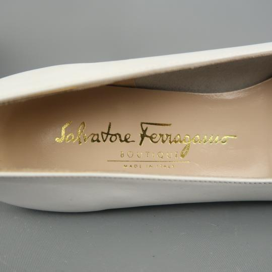 Salvatore Ferragamo Vintage Deadstock New Bow With Box White Pumps Image 7