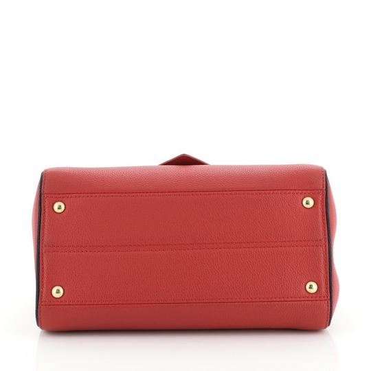 Louis Vuitton Double V Leather Tote in red Image 3
