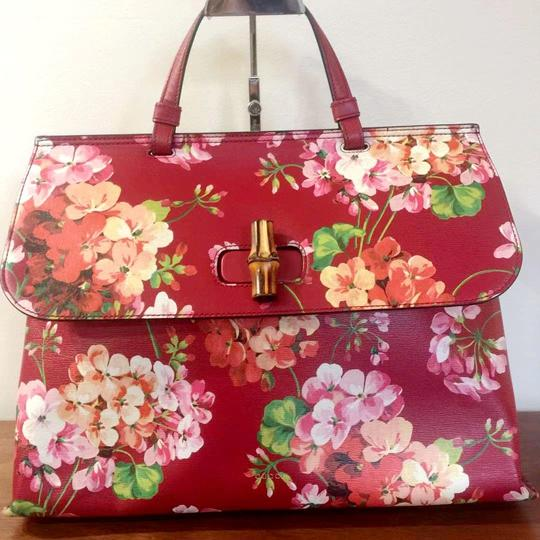 Gucci Bamboo Blooms Print Leather Top Handle Tote in Red Image 1
