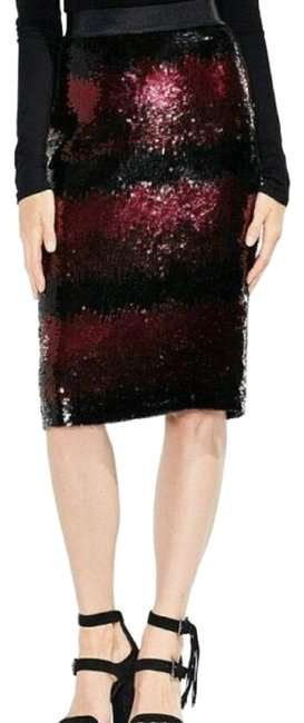 Preload https://img-static.tradesy.com/item/26593663/vince-camuto-red-and-black-sequin-pencil-skirt-size-6-s-28-0-1-650-650.jpg