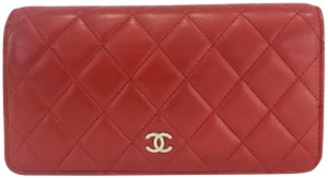 Chanel Lamb leather Quilted Yen Wallet Red