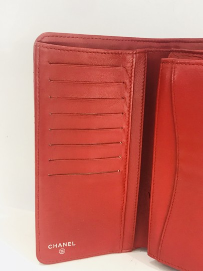 Chanel Lamb leather Quilted Yen Wallet Red Image 10