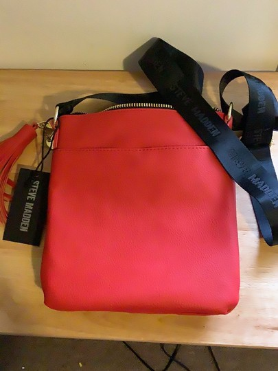 Steve Madden Red Messenger Bag Image 5