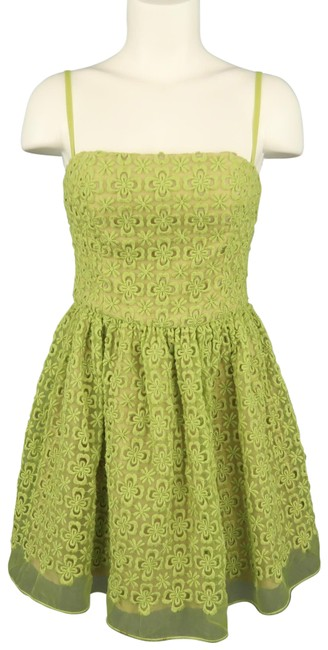 Preload https://img-static.tradesy.com/item/26593790/red-valentino-green-embroidered-lace-overlay-fit-flair-short-cocktail-dress-size-0-xs-0-1-650-650.jpg
