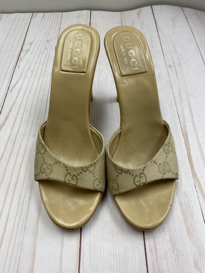 Gucci TAN Sandals Image 2