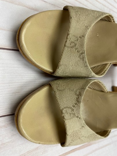 Gucci TAN Sandals Image 3