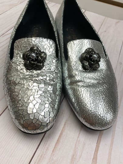 Chanel Loafer Camellia SILVER Pumps Image 1
