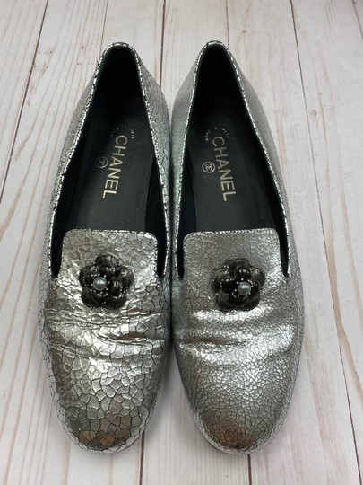 Chanel Loafer Camellia SILVER Pumps Image 4