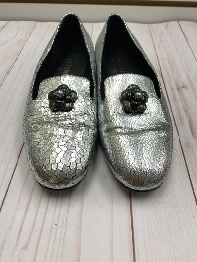 Chanel Loafer Camellia SILVER Pumps Image 9