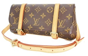 Louis Vuitton Luxury Canvas Leather Shoulder Cross Body Bag