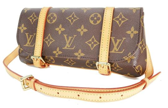 Preload https://img-static.tradesy.com/item/26593880/louis-vuitton-pochette-marelle-waist-monogram-canvas-cross-body-bag-0-0-540-540.jpg