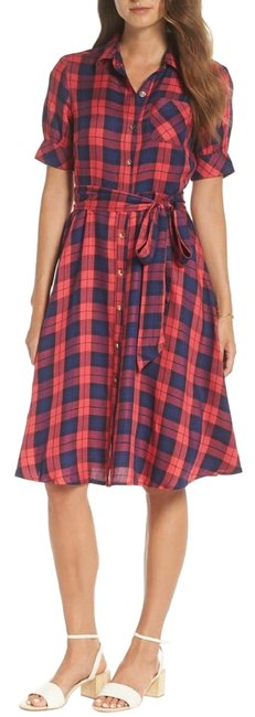 Preload https://img-static.tradesy.com/item/26593937/red-navy-blue-plaid-belted-mid-length-casual-maxi-dress-size-6-s-0-1-650-650.jpg