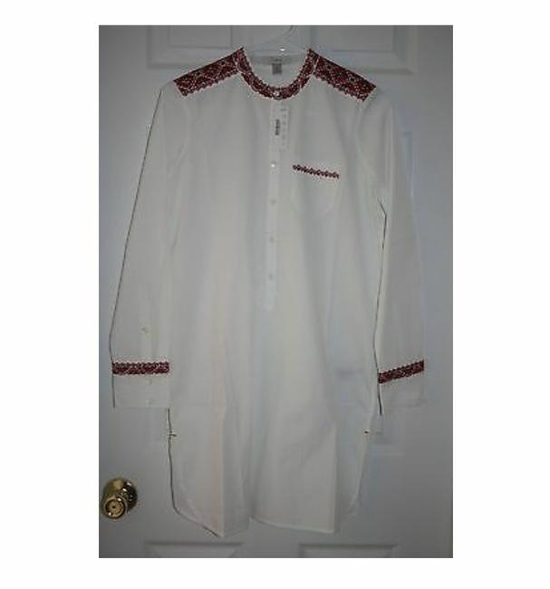 Item - White Embroidered Tunic In S. Item # 08403. Cover-up/Sarong Size 4 (S)