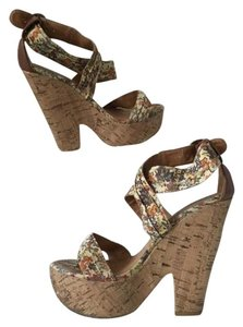 XOXO Comfortable Fun Summer Sandals High Floral Wedges